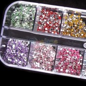 500pcs-2mm-ROUND-RHINSTONES-12-Colors-Hard-Case-NAIL-ART-Tips