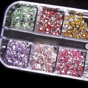 500pcs-2mm-ROUND-RHINSTONES-12-Colors-Hard-Case-NAIL-AR(1)